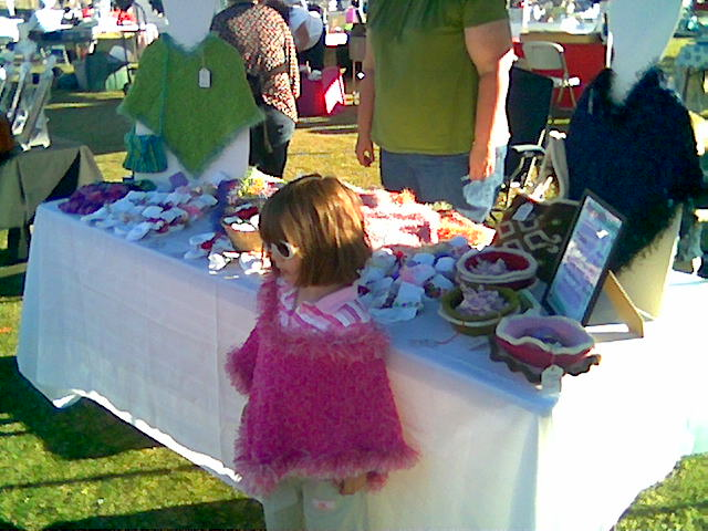 2008-11-15-sta-moms-craft-show.jpg