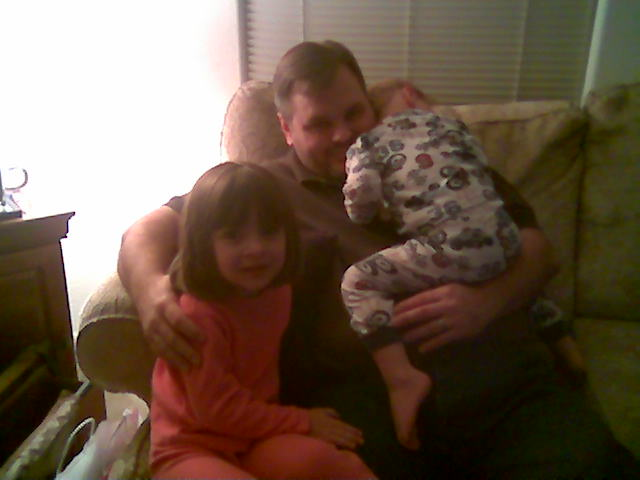 2008-12-31-allison-daddy-and-carter.jpg