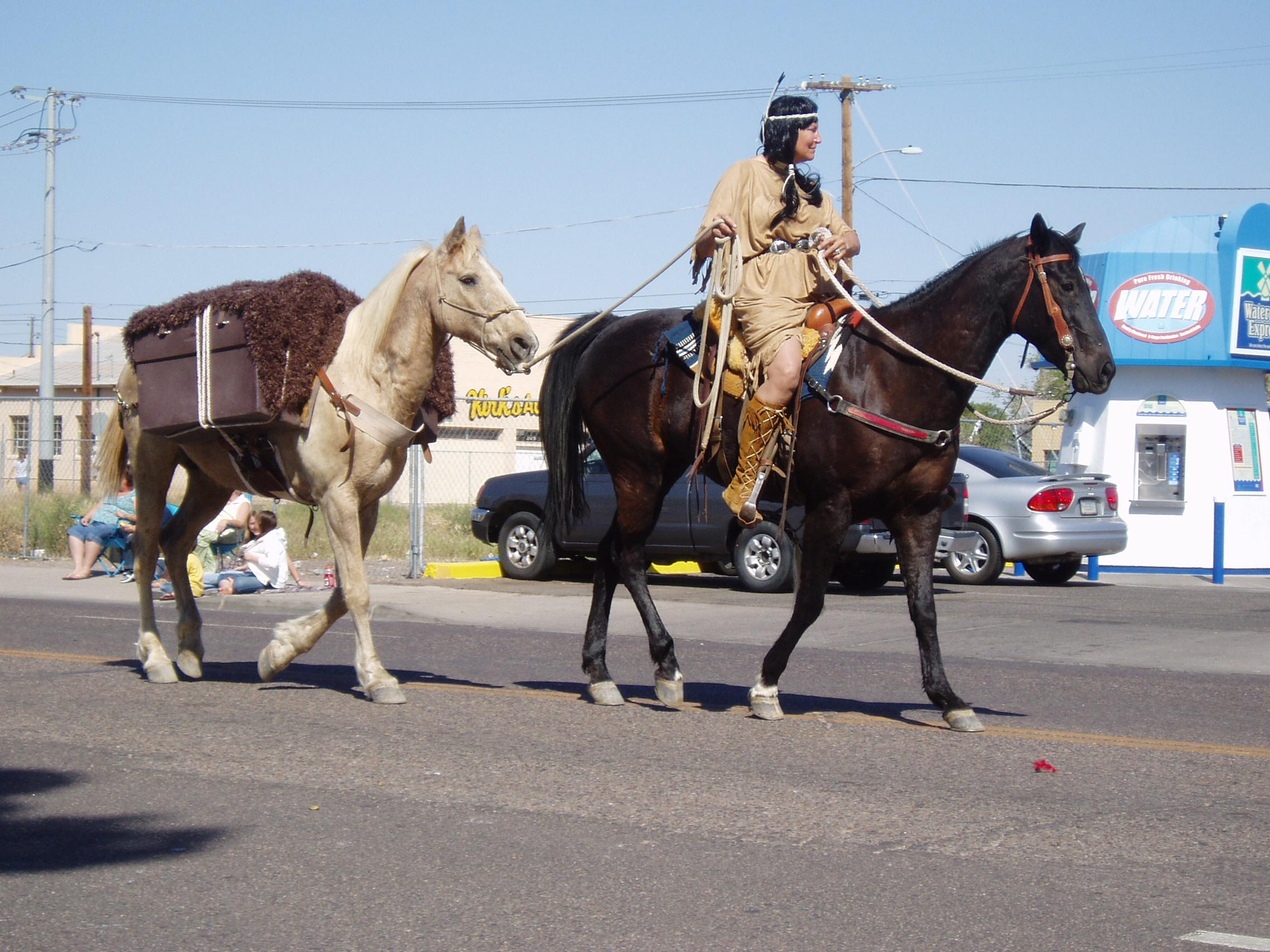 2009-03-21-buckeye-pioneer-parade-13.JPG