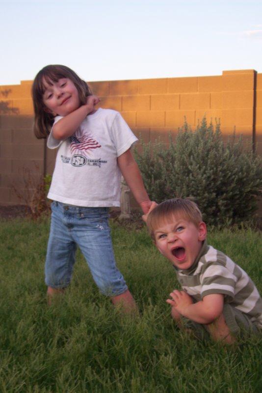 2009-07-12-kids-playing-in-overgrown-grass-24.JPG