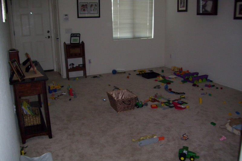 2009-07-30-toy-mess.JPG