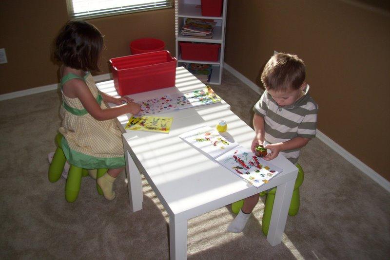 2009-08-09-kids-playroom-in-the-living-room-2.JPG
